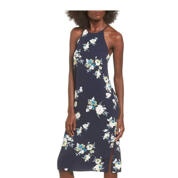 6f82bd4b360 NWT 💕 Navy blue floral dress from Nordstrom